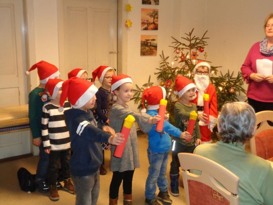 Kita Casekow Weihnachtslieder Und Gedichte Erklingen Für