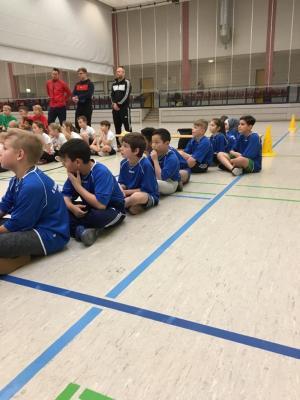 Fotoalbum 3. Platz im Zweifelderball-Turnier der WK 5