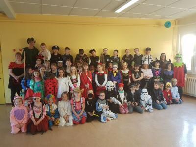 Fotoalbum Fasching in der Grundschule 2019