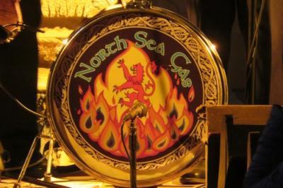 """Fotoalbum """"Scottish Roots"""" präsentiert durch NORTH SEA GAS, wiederholt zu Gast aus Schottland in der vollen Stadtkirche"""