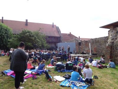 Fotoalbum Come and sing im Klostergarten Kyritz