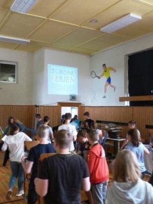 Fotoalbum Meeting zum  Schuljahresende