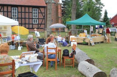 """Fotoalbum 1. Kunstgartenfest """"Künstler unter freiem Himmel"""""""