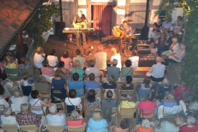 "Fotoalbum ""SCOTTISH FOLK MUSIC"" = Alan Reid & Rob van Sante live im Pfarrhof"