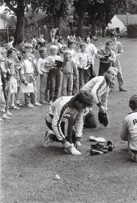 Fotoalbum Fotos vom Besuch der Fredenbecker 1988 im Bremer Weser-Stadion bei Willi Lemke (Fotos: Hans-Lothar Kordländer)