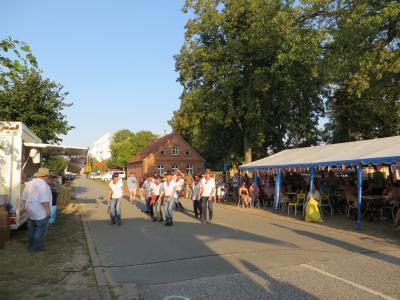 Fotoalbum Dorf und Straße Glöwen