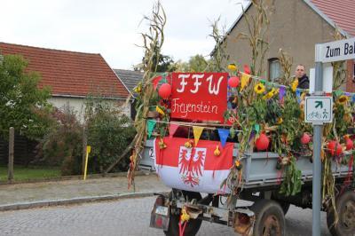 Fotoalbum Erntefest und 10 Jahre Schrauberbrigade Freyenstein - Festumzug