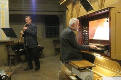 Fotoalbum Orgelvesper mit Jörg Hausmann (Saxophon, Klarinette) und dem Kirchenchor unter der Leitung von Kantor Otto-B. Glüer