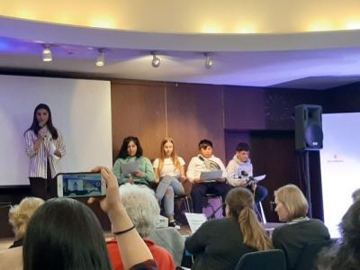 Fotoalbum Interkulturelle Wochen: Unsere Schülerinnen und Schüler zeigen ihr schauspielerisches Talent