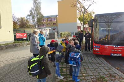 Fotoalbum Busschule für unsere Erstklässler