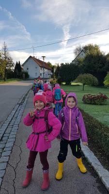 Fotoalbum Ausflug zur Apfelfarm von Familie Bentele - Klasse 1