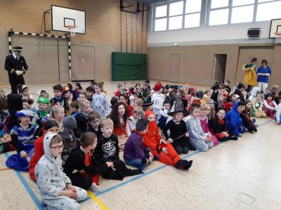 Fotoalbum Fasching in der Grundschule Löwenburg