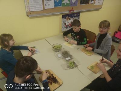 Fotoalbum Gesundes Frühstück in der Klasse 4