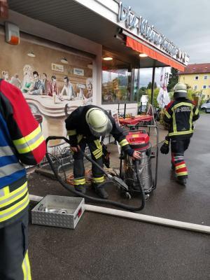 Fotoalbum Wasser in Gebäuden nach Starkregen - 13.06.2020