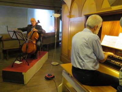 Fotoalbum Musik zu Orgel und Cello in der Stadtkirche mit Wolfgang Praetorius am Cello und Otto-B. Glüer an der Orgel