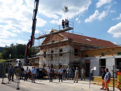 Fotoalbum Richtfest im Pfarrheim Prackenbach