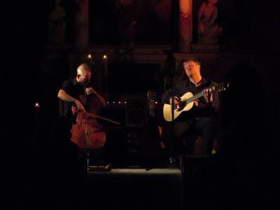 Fotoalbum Euphoryon - das ist konzertanter Rock! Mit Malte Vief an den Gitarren & Matthias Hübner am Cello - live gespielt in der Stadtkirche.