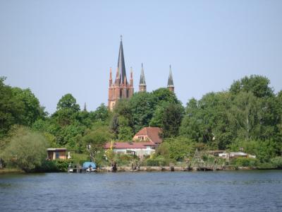 Foto des Albums: Auf dem Wasser von Potsdam nach Werder (01.05.2010)