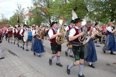 Foto des Albums: Gemeinschaftschor & Festumzug (09.05.2010)