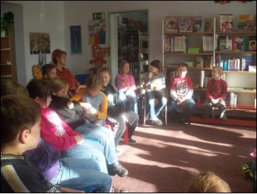 Foto des Albums: Veranstaltung mit Kerstin Yvonne Lange (05.04.2011)