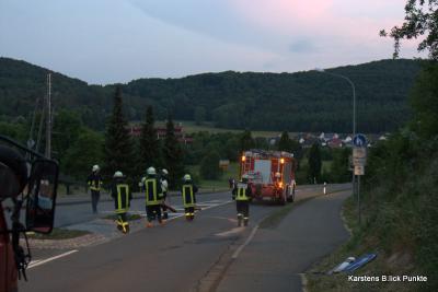 Foto des Albums: Ölspur Verkehrsinsel nahe Schwimmbad (05.06.2011)