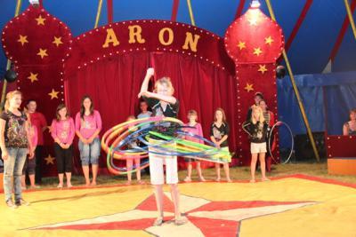 Tolle Projekttage Mit Zirkus Aron Grundschule