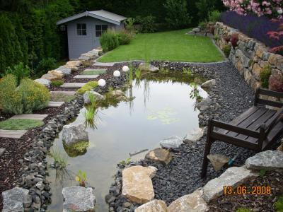 burkhard hahn garten landschaftsbau terrassierung mit bachlauf und teich. Black Bedroom Furniture Sets. Home Design Ideas