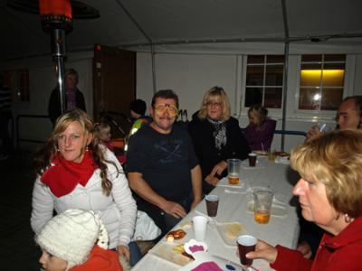 Foto des Albums: Lampionumzug in Hohenleipisch (28.10.2011)