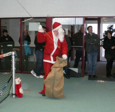Foto des Albums: Kinder-Nikolaus-Turnier am 10.12.2011 (10.12.2011)