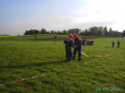 Foto des Albums: Training der Jugendfeuerwehr Falkenhagen für Löschangriff am 21.05.10 (21.05.2010)