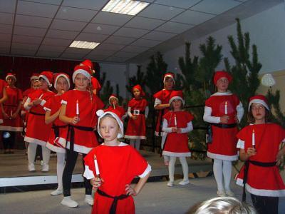 """Fotoalbum Weihnachtskonzert in der Aula der Grundschule """"Otto Nagel"""""""
