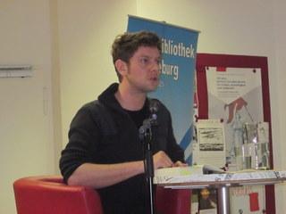Philipp Möller stadtbibliothek magdeburg lesung philipp möller isch geh schulhof
