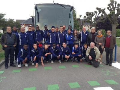 Fotoalbum französische Fußballer in Sarstedt zu Gast beim FSV 18.-20.05.2013