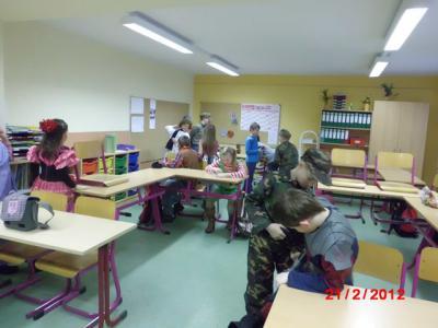 Fotoalbum Fasching Klassen 1 bis 4