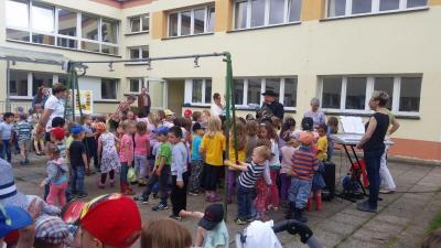 Fotoalbum Eröffnung der Kneipp-Festwoche in der Kita Neustadt des DRK- Kreisverbandes Saale-Orla e.V.