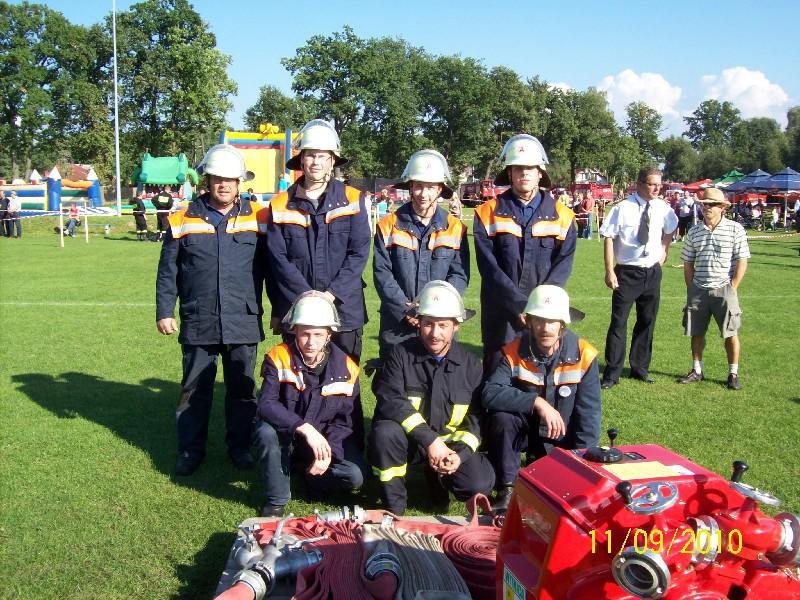 Gruppenfoto der FF Lietzen in Rozanki am 11.09.10