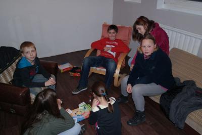 Fotoalbum Spiele Nachmittag im Jugendraum Remsfeld