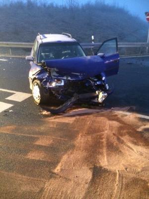 Fotoalbum Verkehrsunfall mit mehreren Fahrzeugen B286