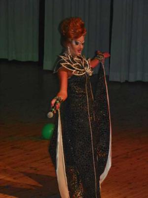 Foto des Albums: Travestie-Show (30.10.2013)