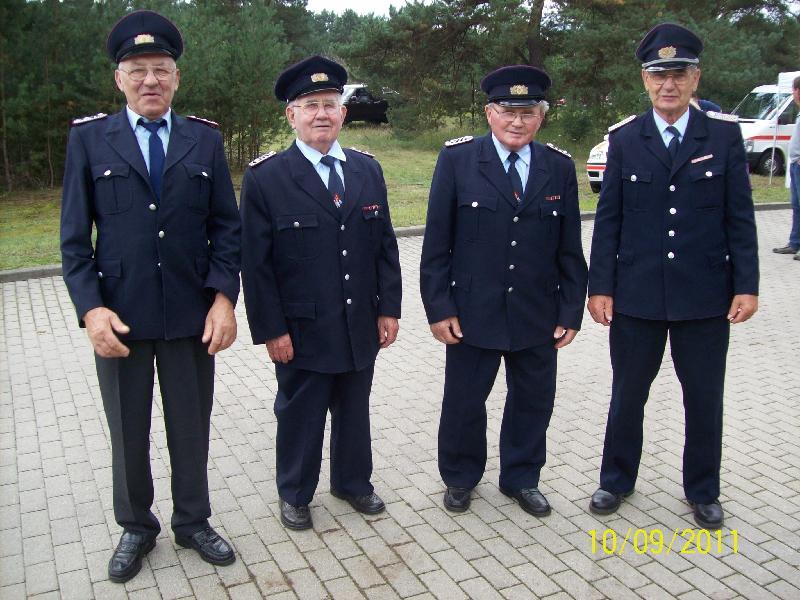 4 Kameraden der AEA Bereich Vierlinden