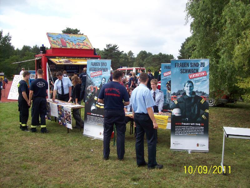 Werbung für Frauen in die Feuerwehr