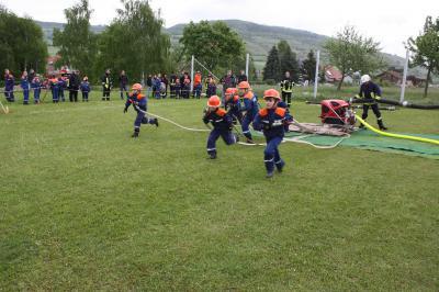 Fotoalbum Ergebnisse des Feuerwehrausscheides um den Pokal des Bürgermeisters in Helmershausen