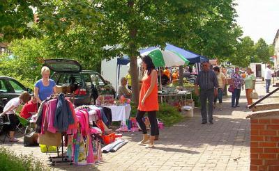 Fotoalbum Trödelmarkt in Schönewalde