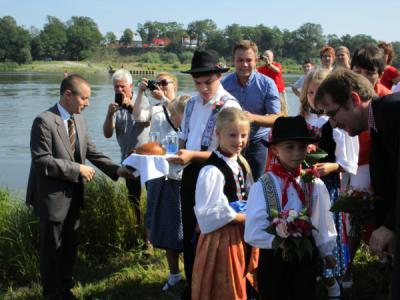 Fotoalbum VII. Deutsch - Polnisches Sommerfest in Aurith & Urad mit Bootsverkehr über die Oder
