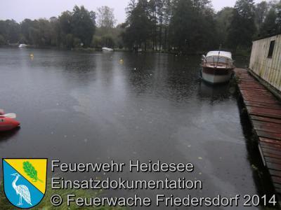Fotoalbum Einsatz 57/2014 am 08.10.2014 > Öl auf Wasser