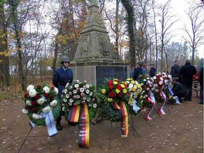 Fotoalbum Gedenkveranstaltung zum Volkstrauertag am 15.11.2014