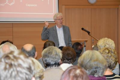 Foto des Albums: Chili-Vortrag mit Prof. Dr. Klaus Roth (20.01.2015)