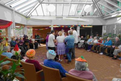 Fotoalbum Auftritt der BSV-Tänzer im Altenheim St. Elisabeth