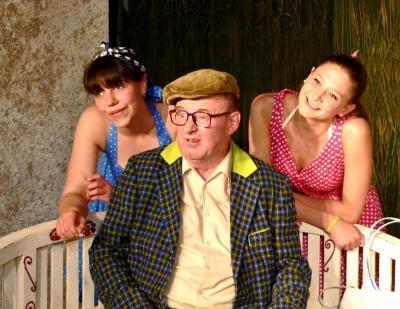 Fotoalbum Petticoats machen Lust auf Sommertheater