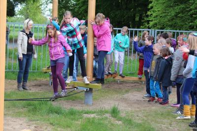 Fotoalbum Neue Spielgeräte an der Grundschule
